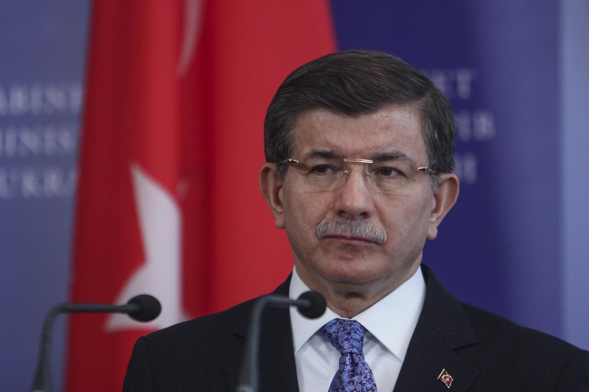 """Davutoğlu: """"Bana kumpas kurdular!"""""""