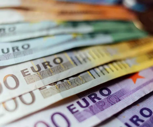 Devletten Emekli Olanların Maaşları İçin 576 Milyon Euro Ödenecek