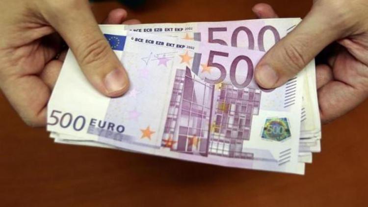 El çabukluğu ile 500 Euro'yu çaldı