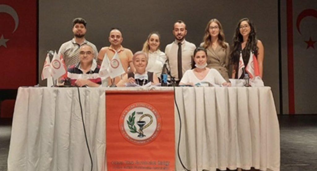 Kıbrıs Türk Eczacılar Birliği Başkanı yeniden Umut Öksüz