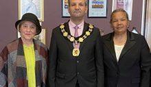 Limasollular, Enfield Belediye Başkanını ziyaret etti