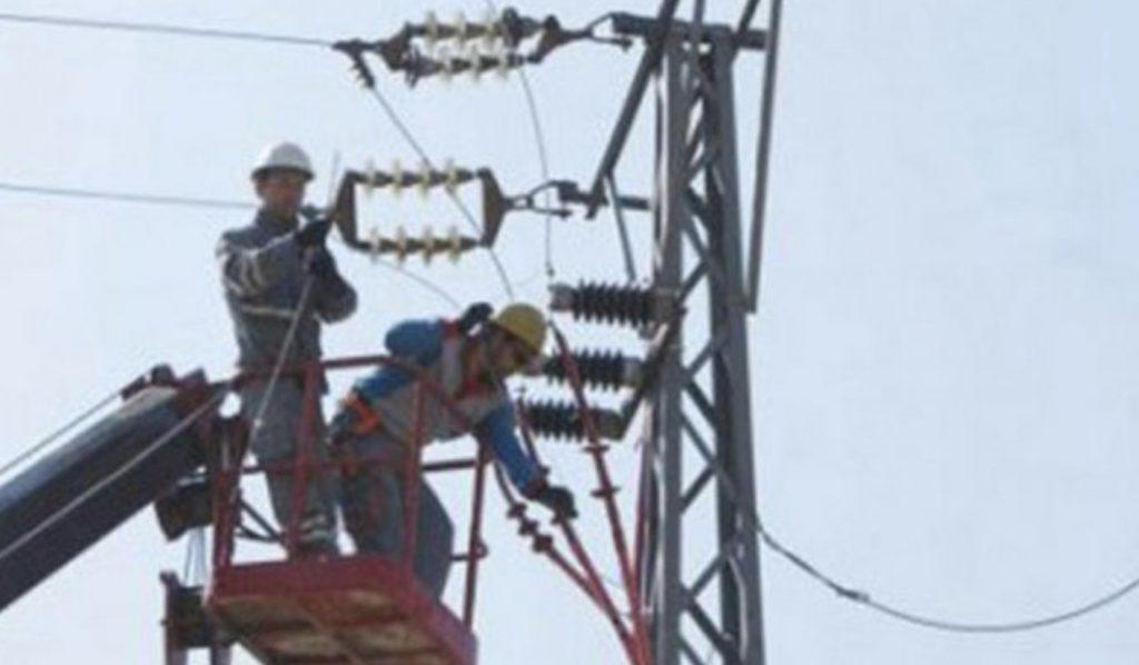Elektrik akımına kapılıp 6 metre yükseklikten düşen Özikiz yoğun bakımda