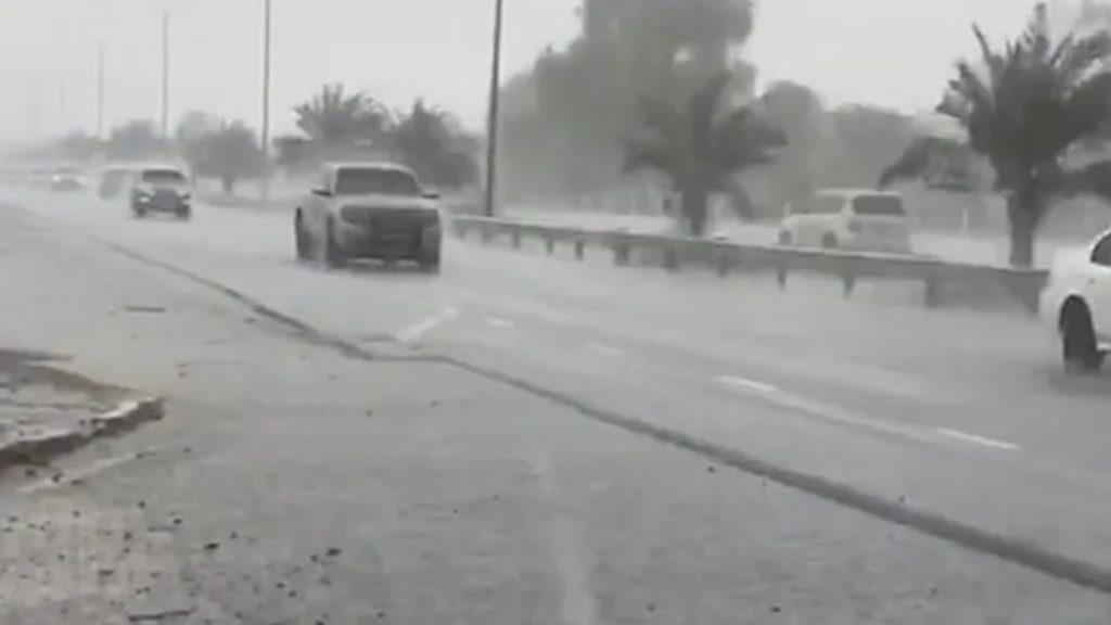 Dubai yapay yağmurunu üretti, drone ile sağanak yağdırıldı