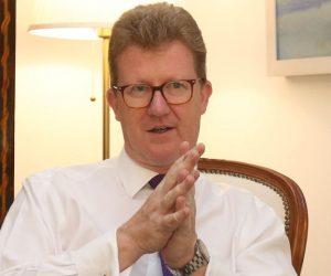 İngiliz Yüksek Komiseri Rum Meclis Başkanı'yla Görüştü