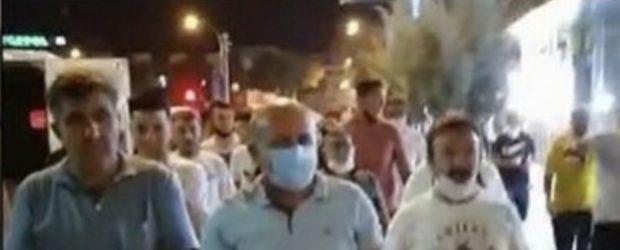 Konya'da esnaf gece yarısı meydana indi