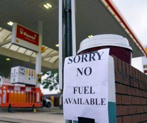 İngiltere'de akaryakıt sorunu!